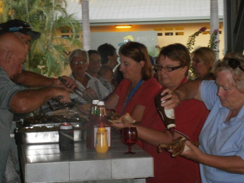 Karumba Point Sunset Caravan Park Fishing Accommodation Hotel Cabin Villas