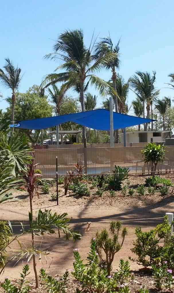 cool-in-the-pool-karumba-point-sunset-caravan-park-image-24-10-2016
