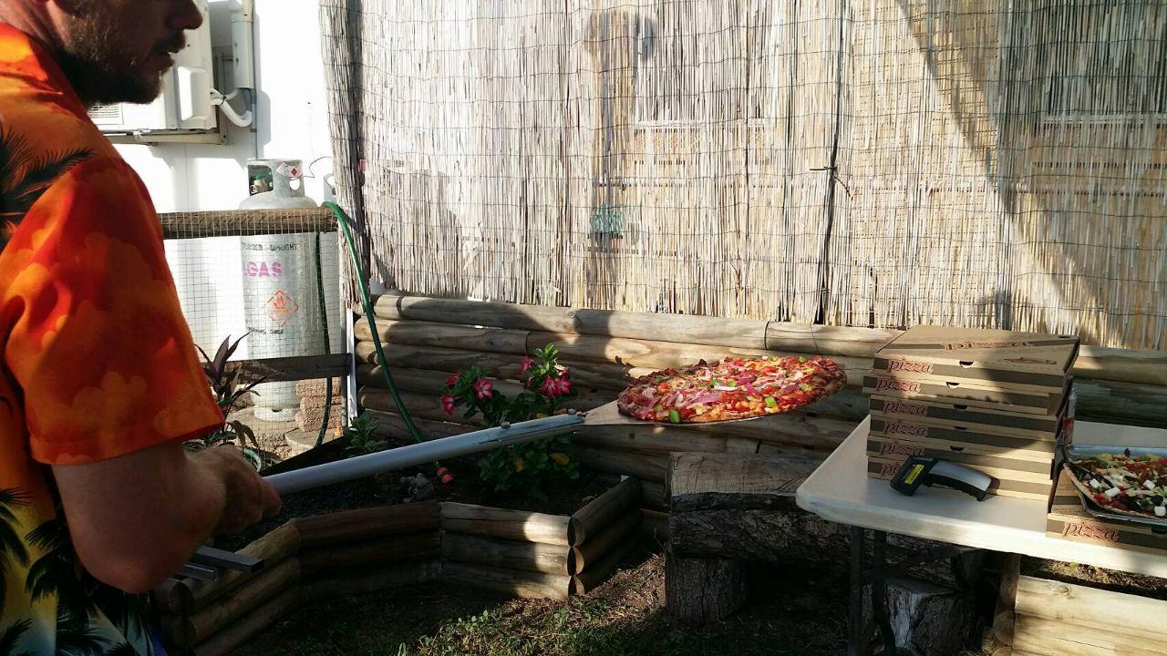 Karumba Point Sunset Caravan Park Pizza