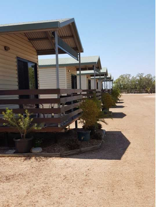 Karumba Point Sunset Caravan Park En-suited Cabins 28-10-2017