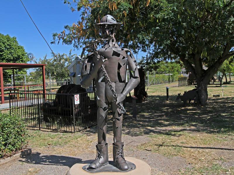 Sculpture of a miner outside the True Blue Visitor Centre - sculptor Hans Pehl.